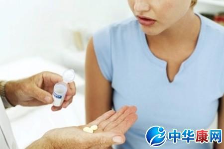 嗓子痒咳嗽怎么办?-   咳嗽   咳嗽是气管遭受某种刺激所引...